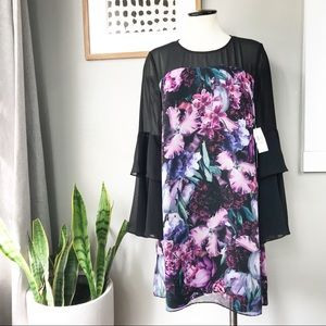 CeCe Camille Floral Tiered bell sleeve dress 6 NWT